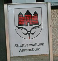Reingang Rathaus Schild